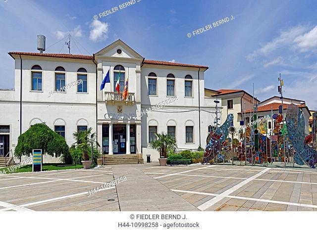 City hall, Comune Tu Montegrotto Terme, piece of art, Alberi Metallici, in 2003, artist, Umberto del Negro