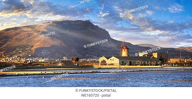 Pictures & images of the salt pans of the Nubia Salt works Museum and Nubia wind mill, World Wildlife reserve of Saline di Trapani and Paceco site