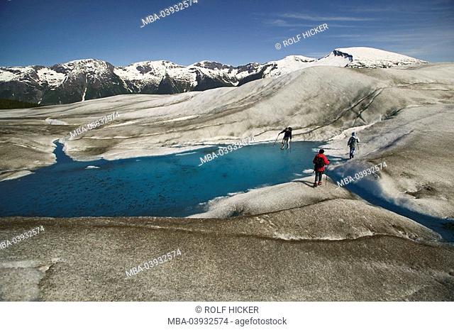 usa, Alaska, Inside passage, Juneau, Tongass National Forest, Taku Glacier, ice-landscape, traveling-group, lake, North America, landscape, glacier-landscape