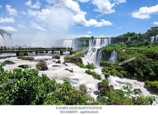 Brazil, Parana, Foz de Iguazu . Iguazu Waterfall