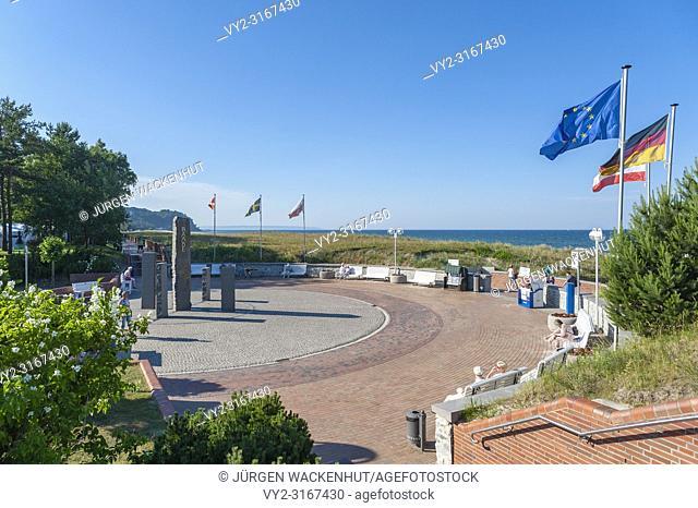 Promenade with the sculpture Compass, Baabe, Ruegen, Mecklenburg-Vorpommern, Germany, Europe