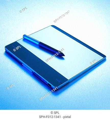Interactive pen display and stylus