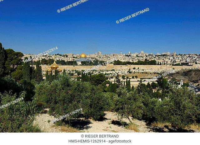 Israel, Jerusalem, holy city, the old town listed as World Heritage by UNESCO, the Dome of the Rock on Haram el Sharif and the Russian Orthodox Church of Maria...