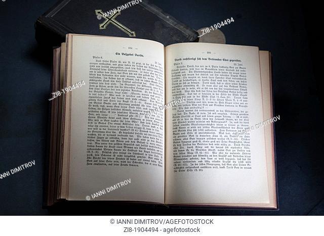 Open religius book-the Book of David in German
