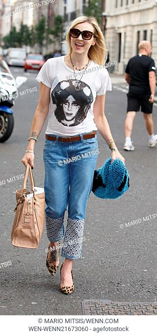 Fearne Cotton arriving at the BBC Radio 1 studios Featuring: Fearne Cotton Where: London, United Kingdom When: 04 Sep 2014 Credit: Mario Mitsis/WENN