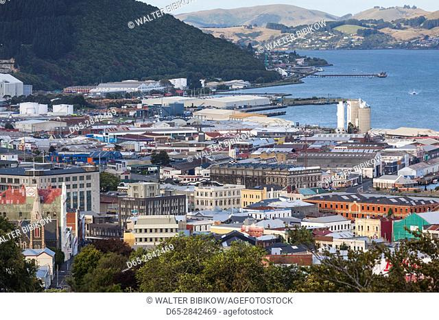 New Zealand, South Island, Otago, Dunedin, elevated city view from Unity Park
