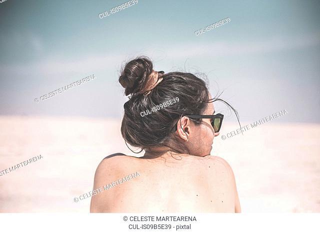 Woman, rear view, Jujuy, Salinas Grandes, Argentina