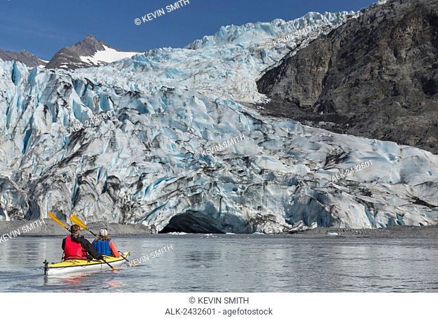Sea kayakers in front of Shoup Glacier, Shoup Bay State Marine Park, Prince William Sound, Valdez, Southcentral Alaska