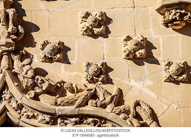 Facade detail, Palacio de Jabalquinto 16th century, Baeza  Jaén province, Andalusia, Spain