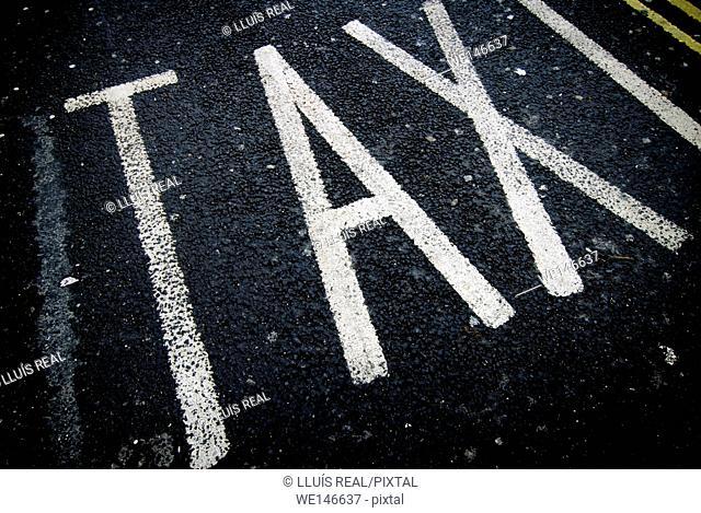 Taxi Way, Taxi Road