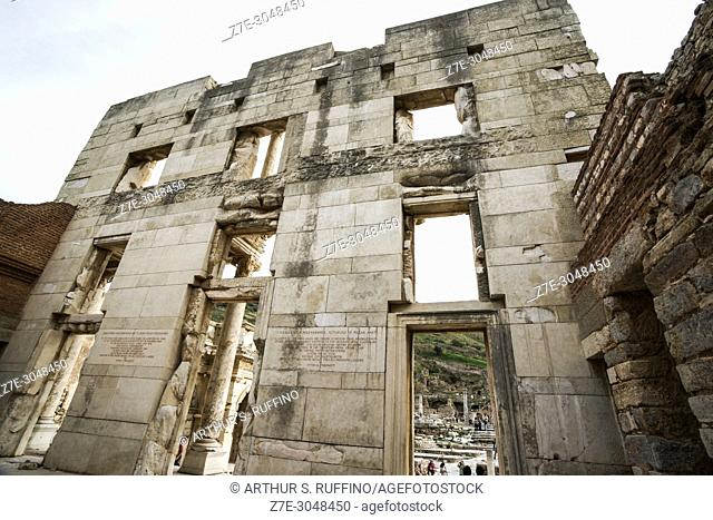 Library of Celsus. Rear view of façade. Ephesus, UNESCO World Heritage Site, Selçuk, Izmir Province, Ionia Region, Turkey, Eurasia