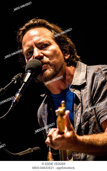 Eddie vedder Stock Photos and Images | age fotostock