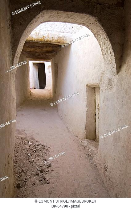 Cavelike lane in the historic center of Ghadames, Ghadamis
