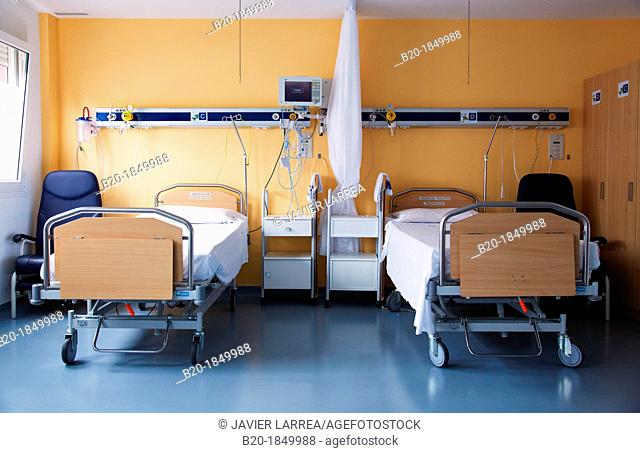 Room, Stretchers, Donostia Hospital, San Sebastian, Donostia, Gipuzkoa, Basque Country, Spain