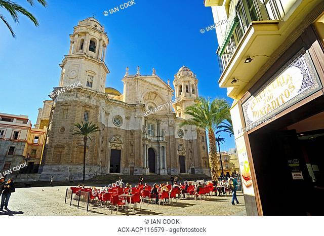 Plaza de la Catedral, Cadiz, Andalusia, Spain