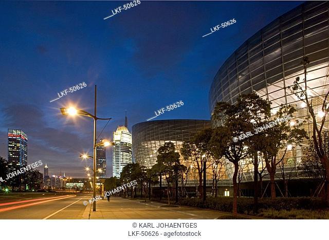 Oriental Art Centre Shanghai, Pudong, Veranstaltungszentrum in Pudong, architecture, glass facade, Skyline Pudong, events, architect Paul Andreu of Paris