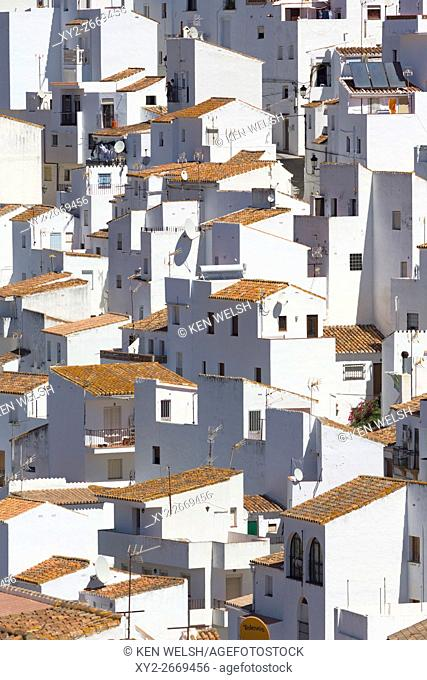Casares, Malaga Province, Andalusia, southern Spain. Casares is one of the iconic white-washed mountain towns inland from the Costa del Sol