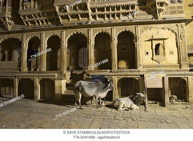 Night scene at the yellow sandstone carved Patwon Ji Ki Haveli, Jaisalmer, Rajasthan, India