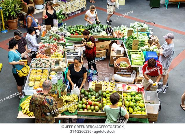 Hawaii, Hawaiian, Oahu, Honolulu, Waikiki Beach, Kings Village Shopping Center, shopping, farmers market, produce, stand, display, sale, vegetables, fruits