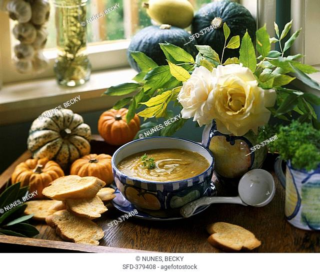 Cream of pumpkin soup with toasted bread