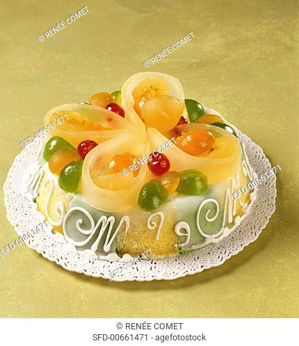 Cassata siciliana (Cake with candied fruit, Italy)