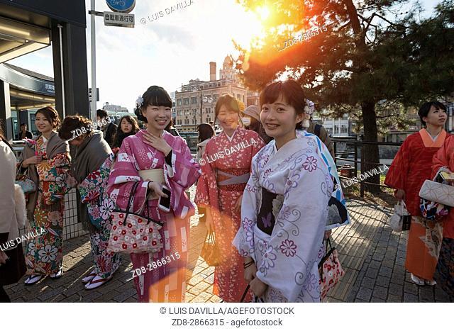 women with traditional dress (Yukata) in Shijo street