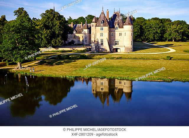 France, Cher (18), Berry, the Jacques Coeur road, chateau de la Verrerie castle, aerial view