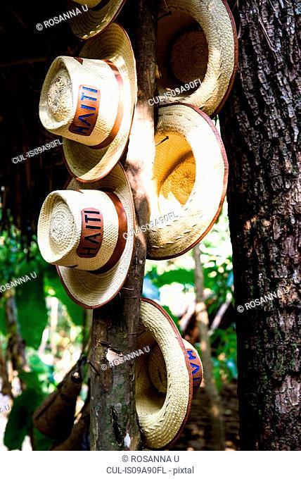 Handmade hats in Nord, Haiti