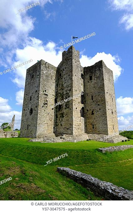 Trim Castle, a Norman castle on the south bank of the River Boyne in Trim, County Meath, Ireland, Europe