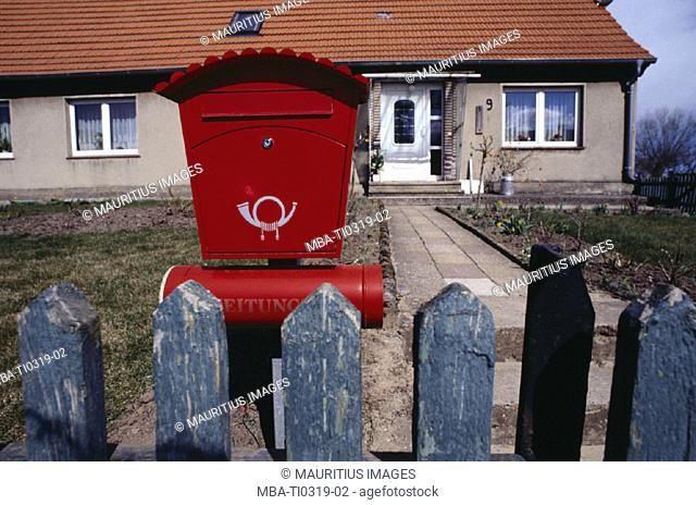 One-family house, fence, mailbox
