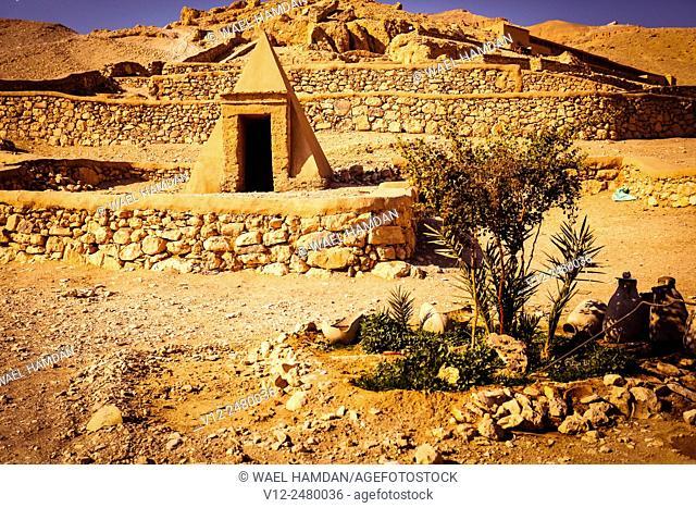 Deir el-Medina and temple Irinufer, west bank, luoxr, Egypt