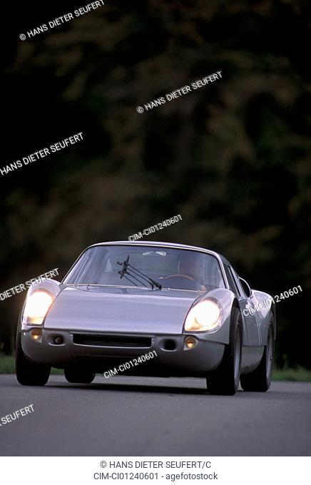 Car, Porsche 904 Carrera GTS, vintage car, sports car, Coupé, Coupe, model year 1963-1964, 1960s, sixties, 155 PS, silver, Designer: Ferdinand Alexander Porsche