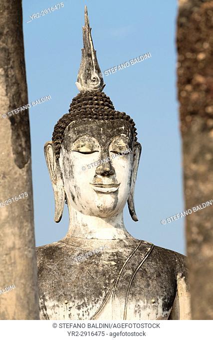 Seated Buddha statue at Wat Mahathat, Sukhothai historical park, Sukhothai, Thailand