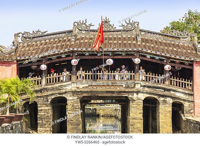 Japanese bridge, Duong Trau Phu, in old quarter of Hoi An, Quang Nam Provence, Vietnam, Asia