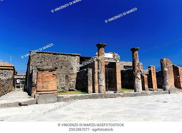 Ruins of the city of pilots Pompeii (in Latin: Pompeii) is a city of the ancient oceans, corresponding to the present Pompeii