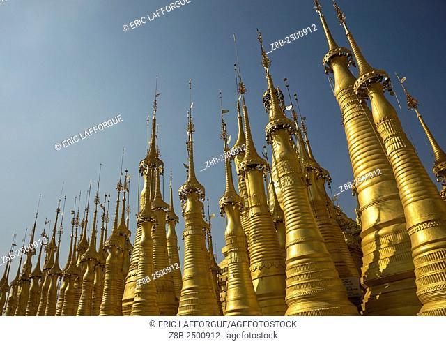 Golden Stupas In Shwe Indein Pagoda, Inle Lake, Myanmar