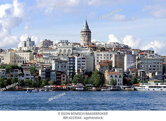 Golden Horn with Karaköy and Beyoglu districts, Galata Tower, Istanbul, European side, Turkey