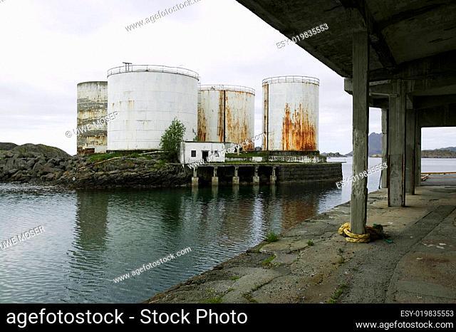 Lebertrantanks, Industrieanlage, Norwege