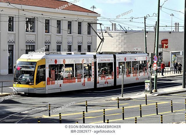 Modern tram, route 15, city centre, Lisbon, Lisboa, Portugal, Europe
