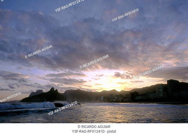 Sunset, Morro Dois Irmãos, Leblon, Rio de Janeiro, Brazil