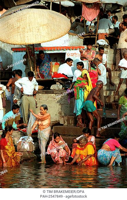 Hindu pilgrims during ritual washings in the Ganges river in Varanasi, India. Undated picture. The water of the Ganges river is holy and ritually purifying