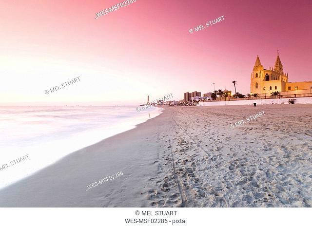 Spain, Costa de la Luz, Chipiona at sunset