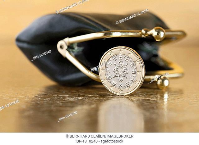 Portuguese Euro coin with empty purse