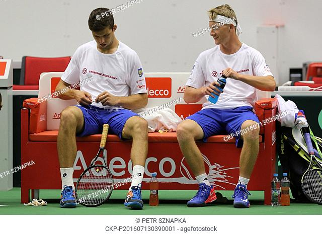 Czech tennis players Jiri Vesely (left) and Zdenek Kolar during the training session prior to the Davis Cup quarterfinal match against France in Trinec
