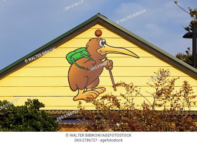 New Zealand, North Island, Hawkes Bay, Napier, backpacking kiwi cartoon