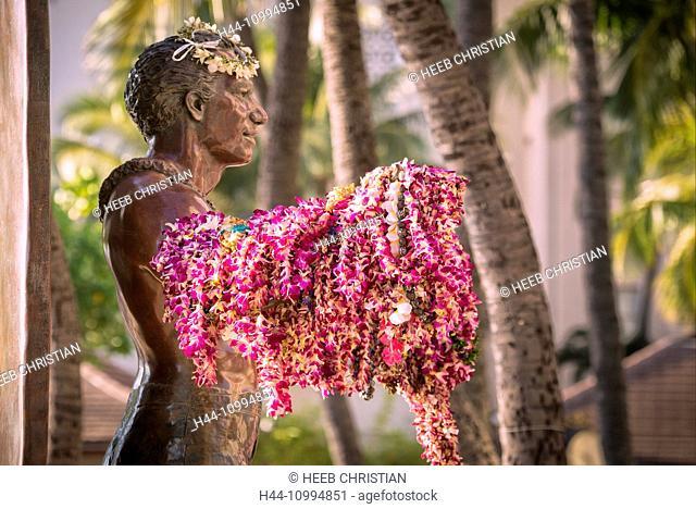 USA, Hawaii, Oahu, Honolulu, Waikiki, Duke Kahanamoku Statue