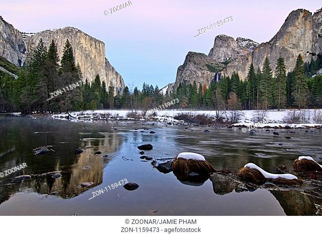 Dramatic view of Yosemite Valley