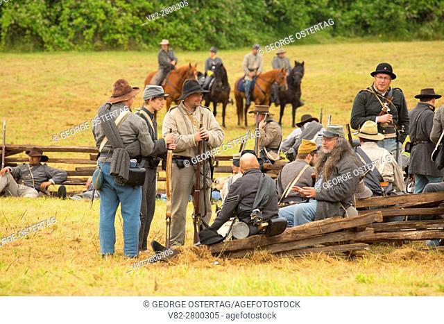 Confederate soldiers, Civil War Reenactment, Willamette Mission State Park, Oregon