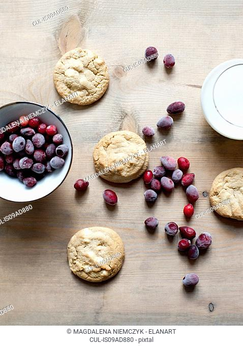 Red berries and cookies