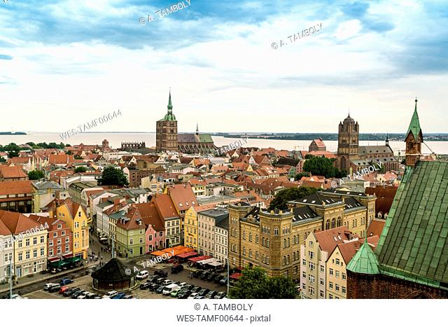 Germany, Stralsund, view to the historic old town with St. Nicolai and St. James' Church